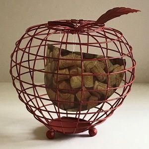 NWT Wire Metal Farmhouse Apple Coffee Cork Holder